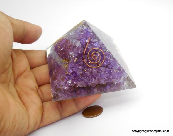 Crown Chakra Orgonite Pyramid - 40 mm