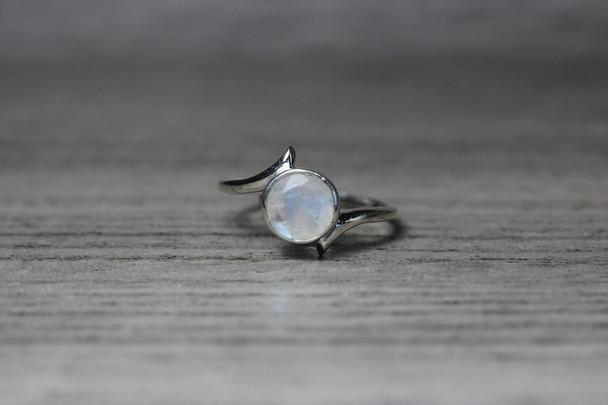 Modern Round Bezel Bypass Ring Silver