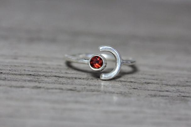 Cute Open Shank Bezel Ring Gemstone