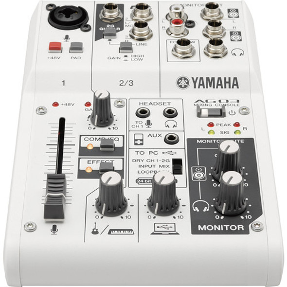 Yamaha AG03 Mixer & USB Audio Interface 混音器