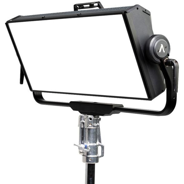 Aputure Nova P600c RGB LED Panel with Hard-Shell Case Kit 全色域柔光持續燈