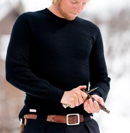 Woolpower Wool Long Sleeve Crewneck 200g (Male Model)