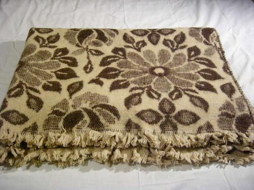 Rose 100% Organic Wool Blanket