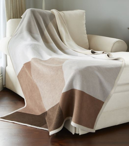 Biederlack Canyon Brown Blanket