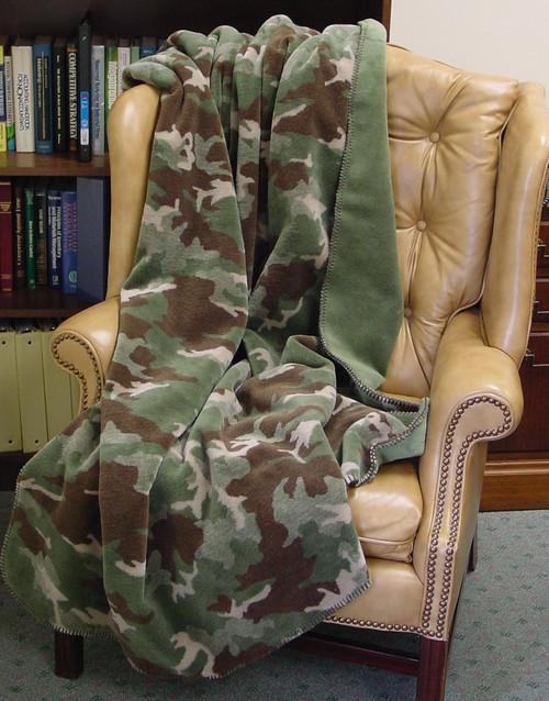 Camouflage Sage/Sage #354 60x70 Inch Throw Blanket