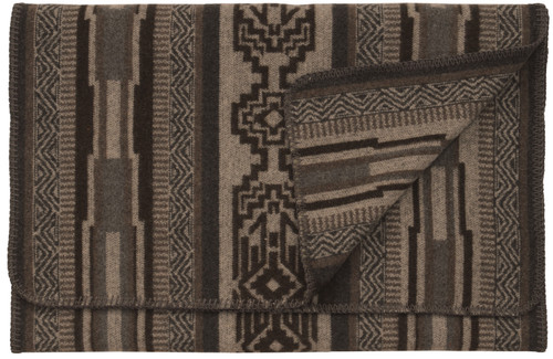 Wooded River Lodge Lux Bedscarf