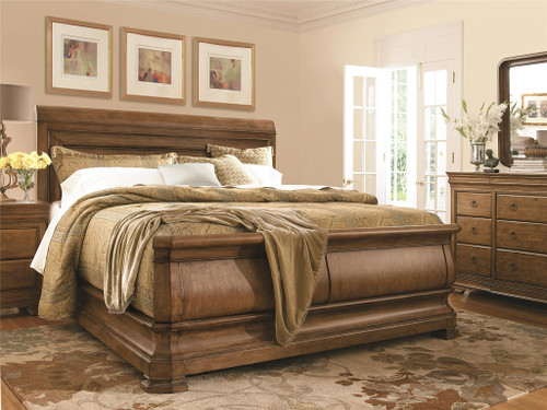 """93"""" Universal Furniture New Lou Louie P's King Sleigh Bed - 1"""