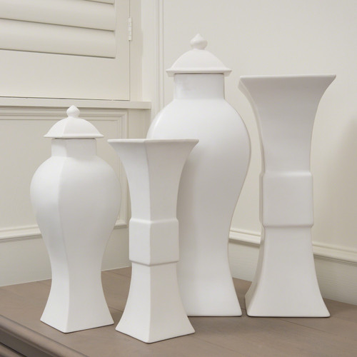 Garniture Urn-Matte White-Sm