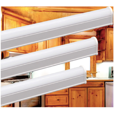 "T5 Under Cabinet Light, 23"", 9W , 760 lm, Dimming , 120 V with Mounting Clips"