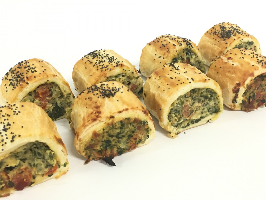 Party Spinach Rolls
