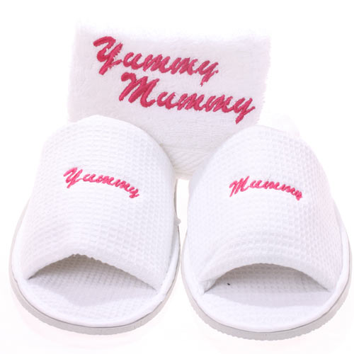 Yummy Mummy Hospital Slippers & Face Cloth