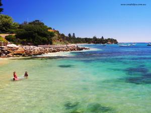 Crystal clear waters (Portsea)
