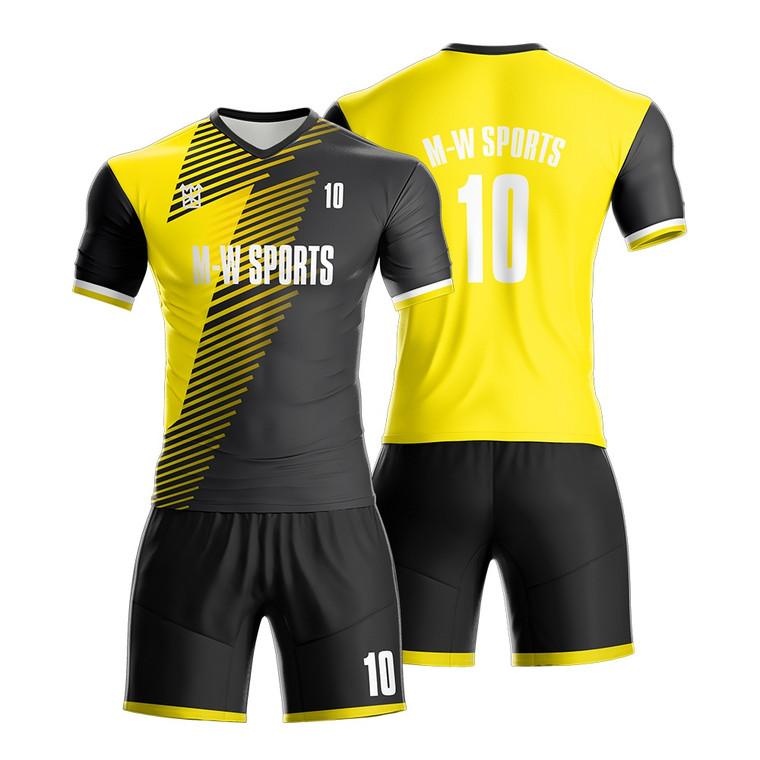 OEM Sportswear Manufacturer Customized 100% Polyester Dry Fit Soccer Player Jersey Kits