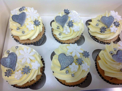 Loveheart and Flower topped Cupcakes