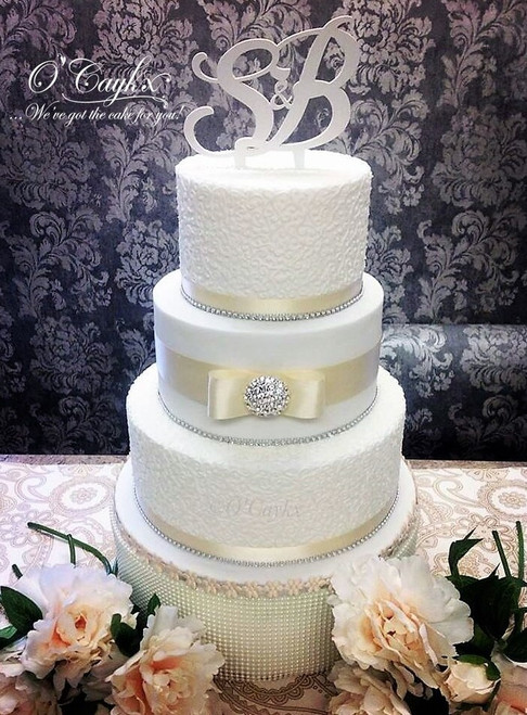 Hand Piped and Gem Wedding Cake