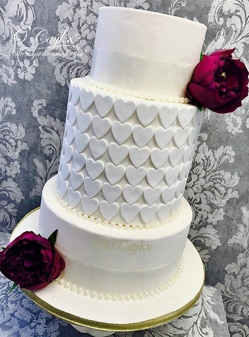 Loveheart Barrel Wedding Cake