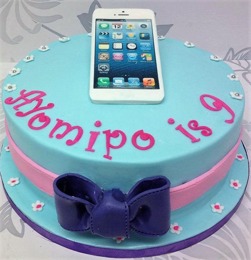 Iphone Topper Cake
