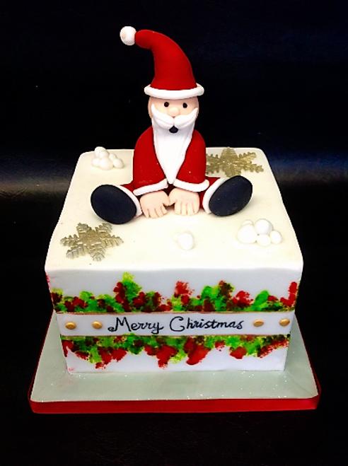 Sitting Santa Christmas Cake - CH00012