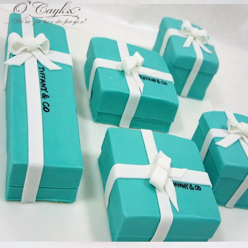 Tiffany Collection Cake