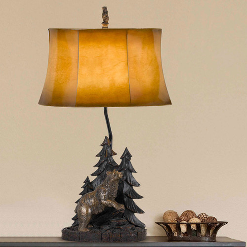 Grizzly Forest Table Lamp