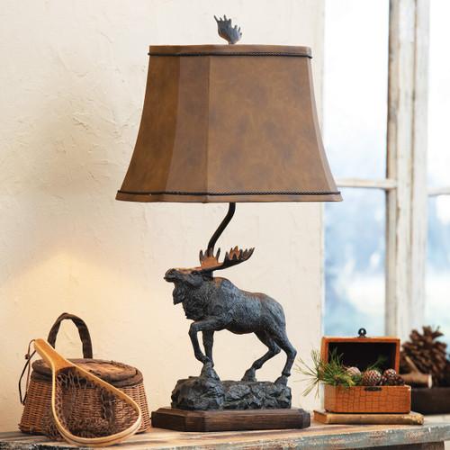 Majestic Moose Sculpture Table Lamp