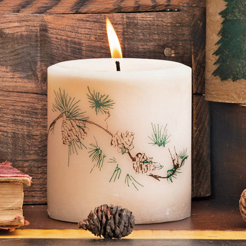 Northern Exposure Pinecone Candle