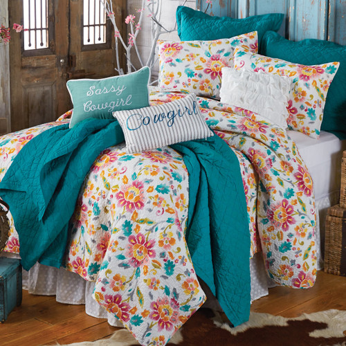 Cowgirl Dreams Quilt Bedding Collection