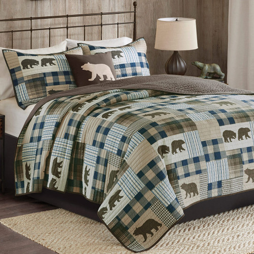 Bear Stroll Oversized Quilt Collection