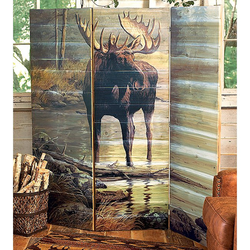 Quiet Water Moose Wall Screen