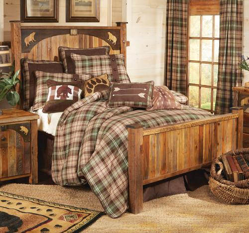 Barnwood Bear Carvings Bed - Queen