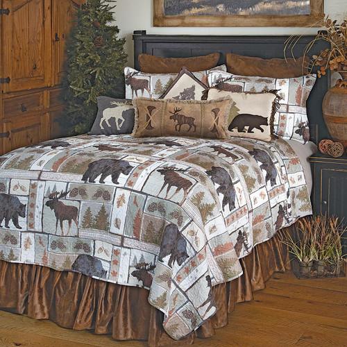 Bear & Moose Wilderness Quilt Set - Queen