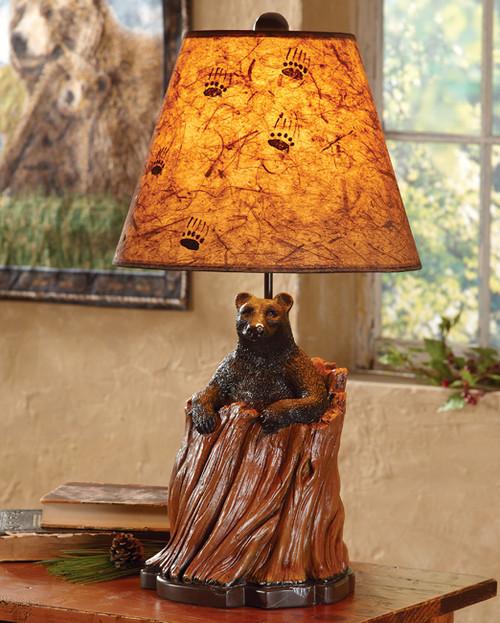 Black Bear Tree Stump Table Lamp