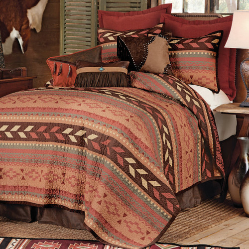 Broken Arrow Quilt Bed Set - King