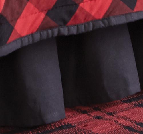 Black Bear Retreat Bedskirt - Queen