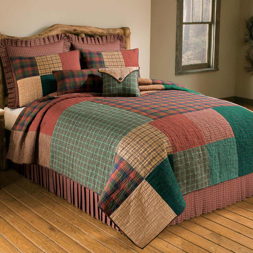 Cabin Plaid Quilt - Twin
