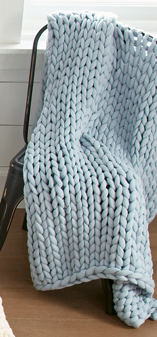Chunky Knit Blue Throw