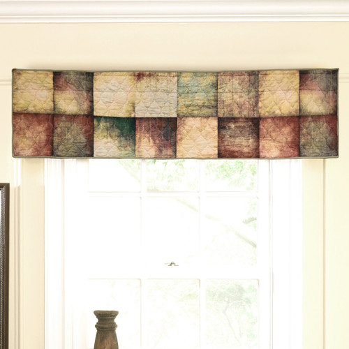 Country Cabin Valance/Runner