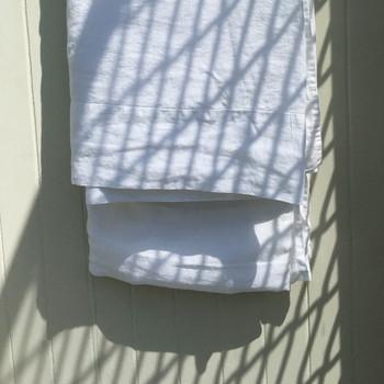 White linen, yummy linen