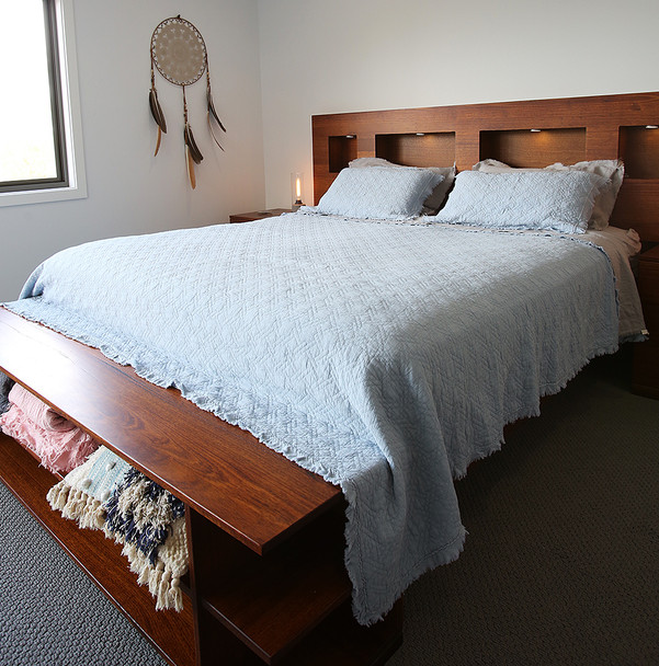King on King Vintage Quilted Cotton Coverlet