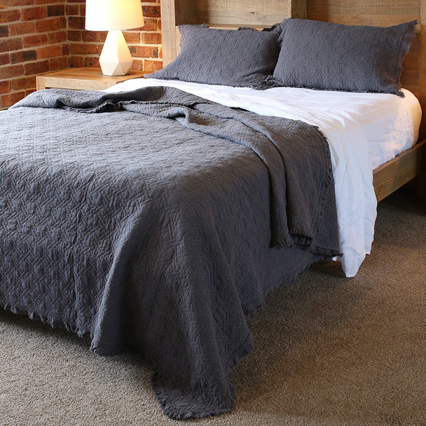 K/Q Quilted Cotton Coverlet Blanket Charcoal
