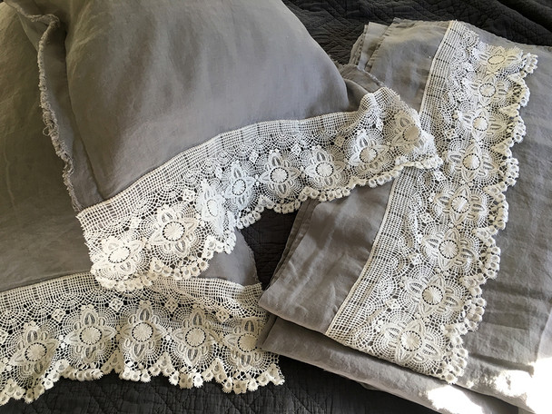 Vintage style french linen with 7 inch cotton lace - Queen size bed set.