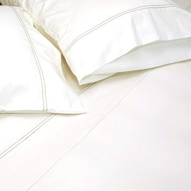 Marshmellow is a soft white tone in soft cotton.