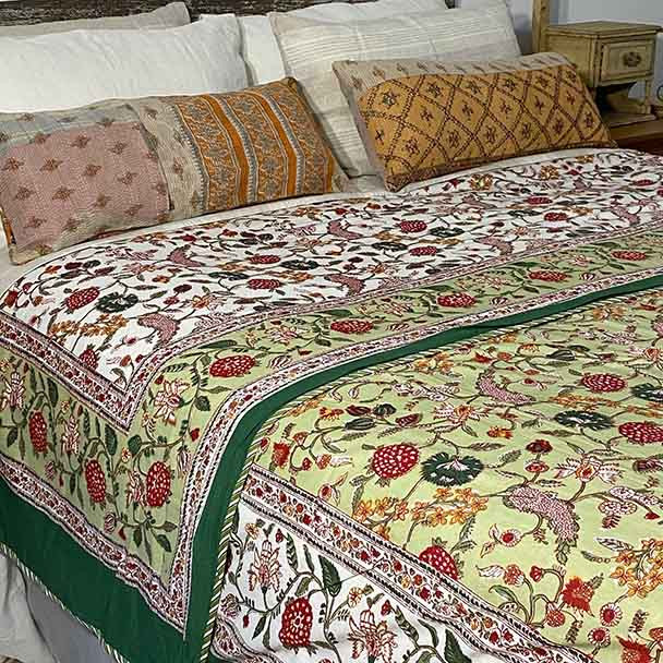 Floral Quilted Bed Sheet - Green
