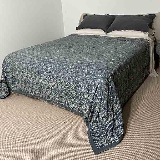 Cotton Bedspread Quilt Kantha - Mist Queen Size