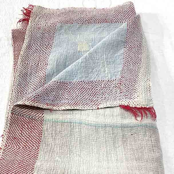 White Vintage Kantha Throw Blanket - Ice 1