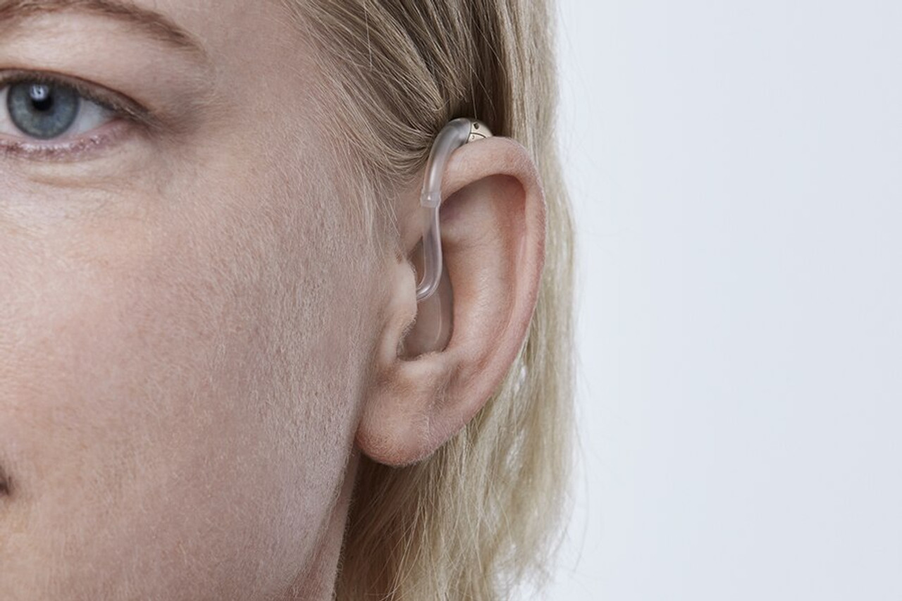 The Oticon Siya BTE hearing aid features a compact design with a convenient double push button for easy volume and programme control. Featuring Bluetooth wireless technology, Oticon Siya BTE delivers seamless connectivity to your favourite devices.