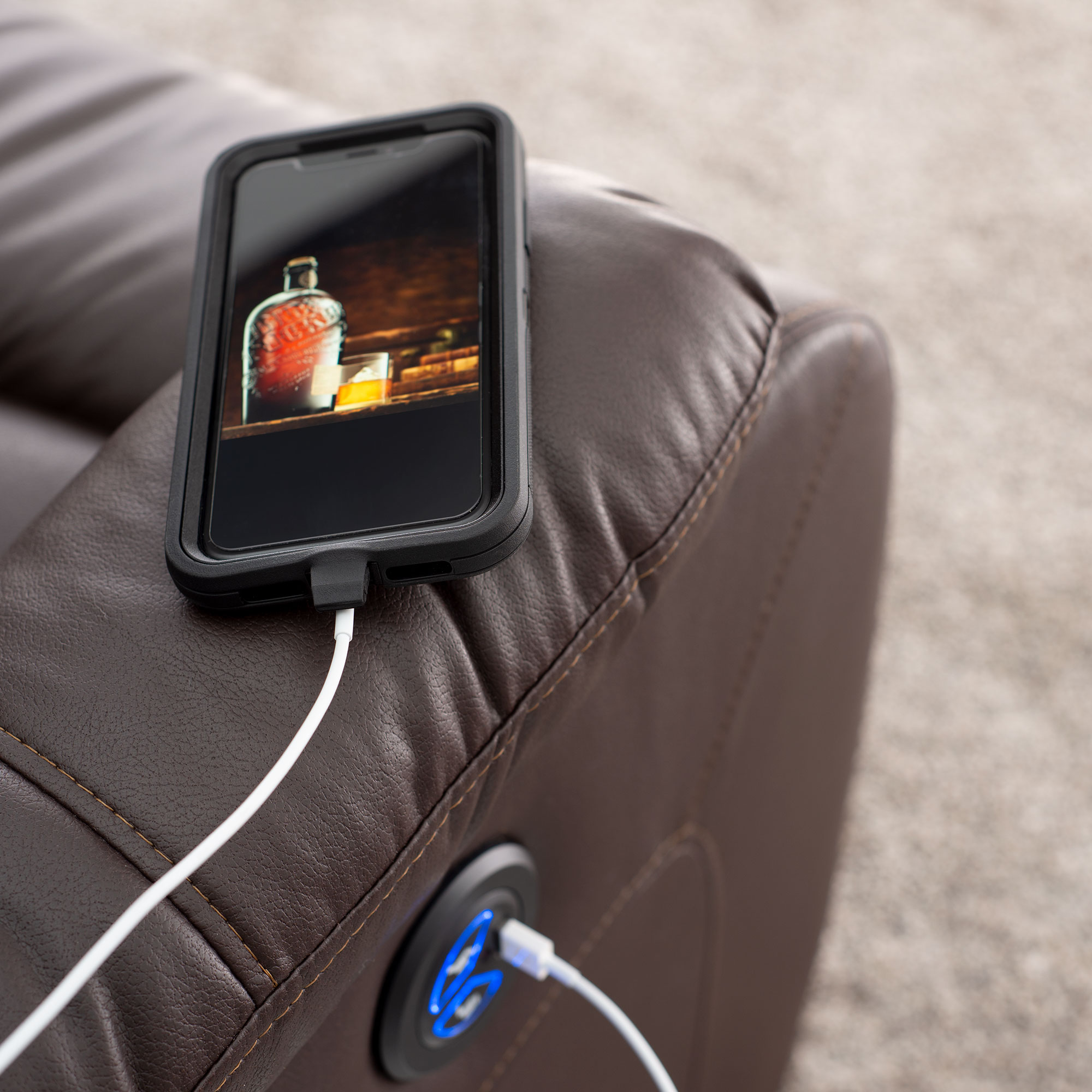 Power Zero Wall Recliner with Phone Charging