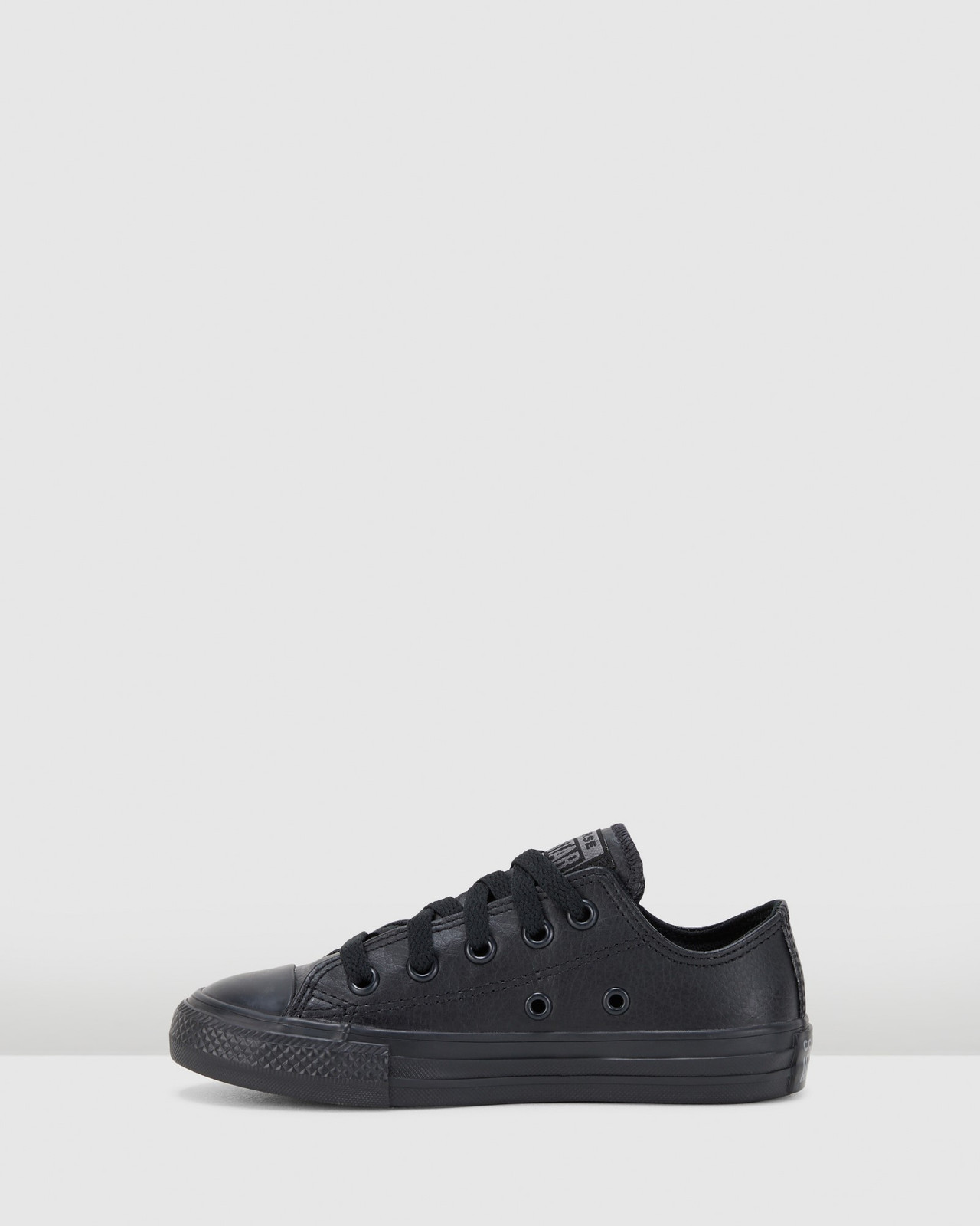 Shoes & Sox Boys Chuck Taylor All Star Ox Synthetic Youth Black