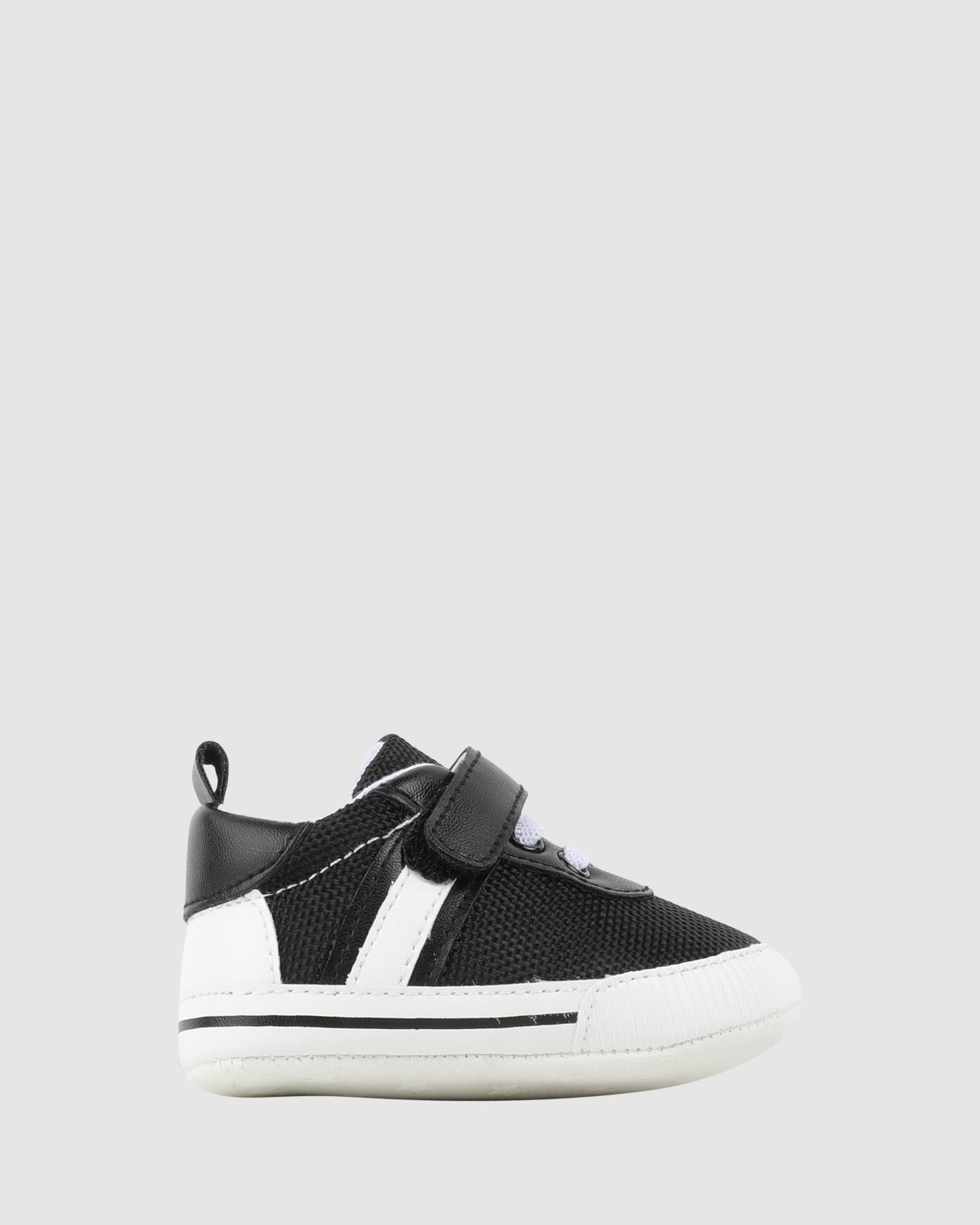 Shoes & Sox Boys Kenny Sneakers Black/White
