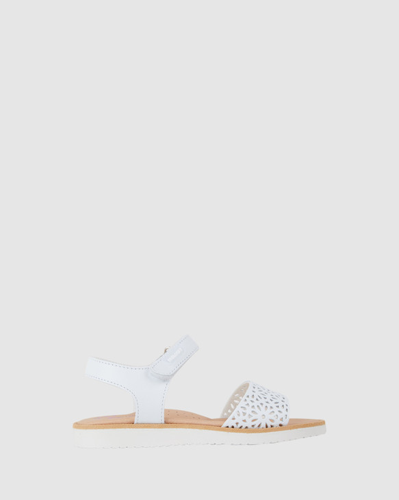 Shoes and Sox Laser Sandal G 486400 Yth White